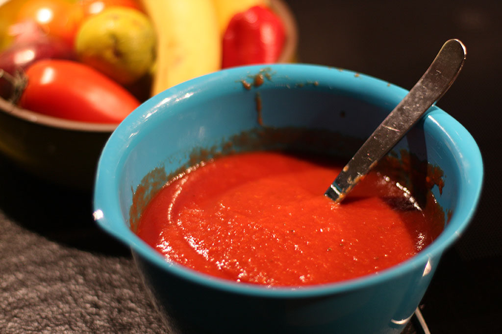 Bra tomatsås, grunden till en lyckad pizza.