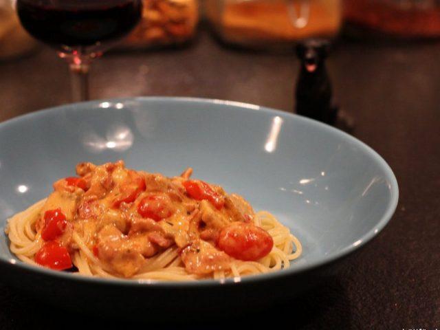 Bacon med pasta – snabb och enkel