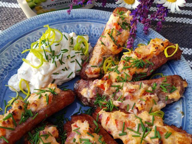 Korvar med oströra och potatissallad